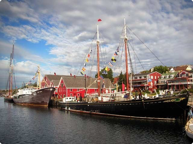 Lunenburg at the dock.jpg